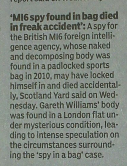 MI6 spy went into a sports bag and then locked himself, Rothschild's London Police say.